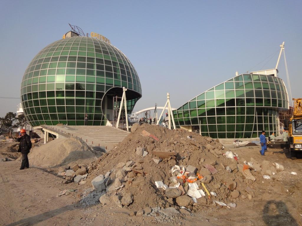 http://shanghaiscrap.com/wp-content/uploads/2010/01/DSC01877.jpg