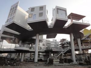 http://shanghaiscrap.com/wp-content/uploads/2010/01/DSC01896-300x225.jpg