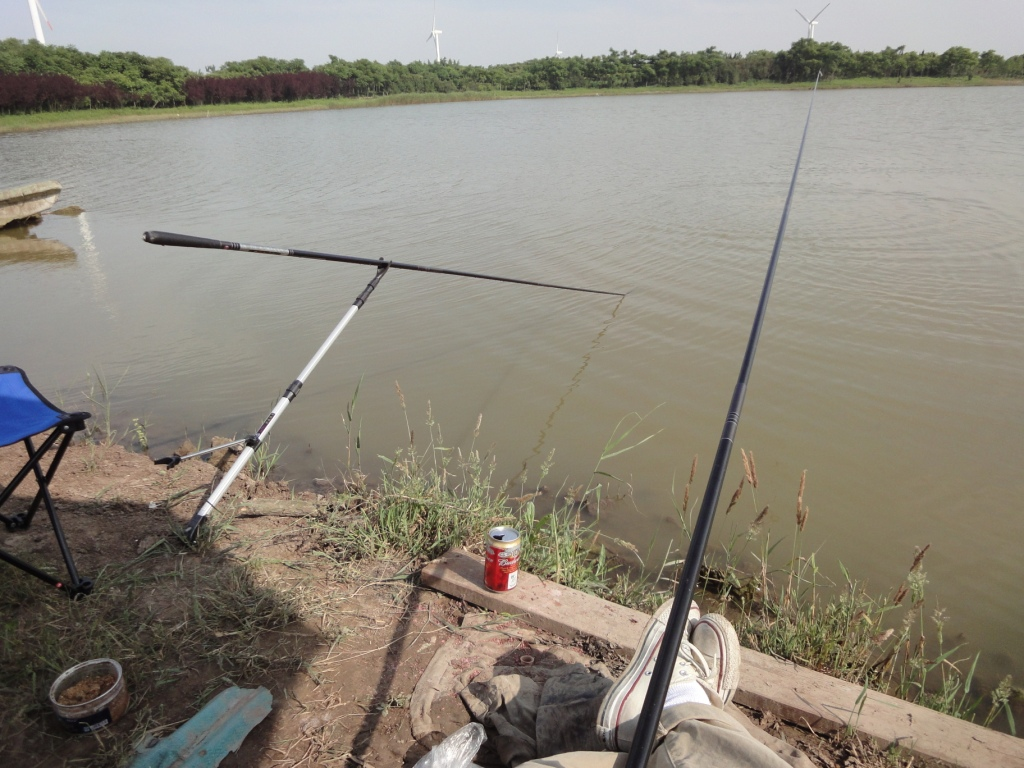 the dancing beauty and other tales of carp fishing [equipment] in, Reel Combo